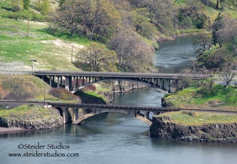 Steider Studios.Lyle Bridge from Rowena Crest